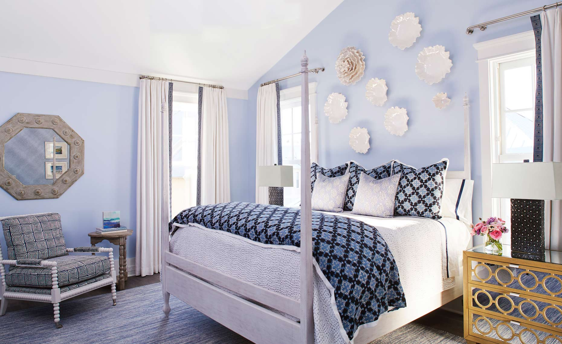 Blue&WhiteBedroom1